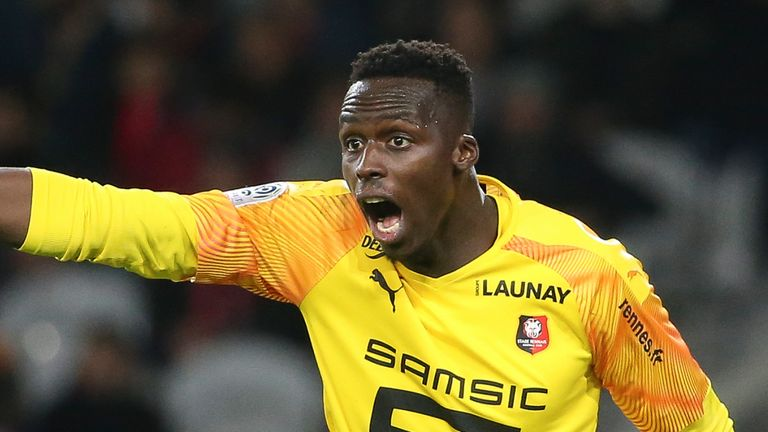 Chelsea target Edouard Mendy was clueless at 22, considered calling it quits