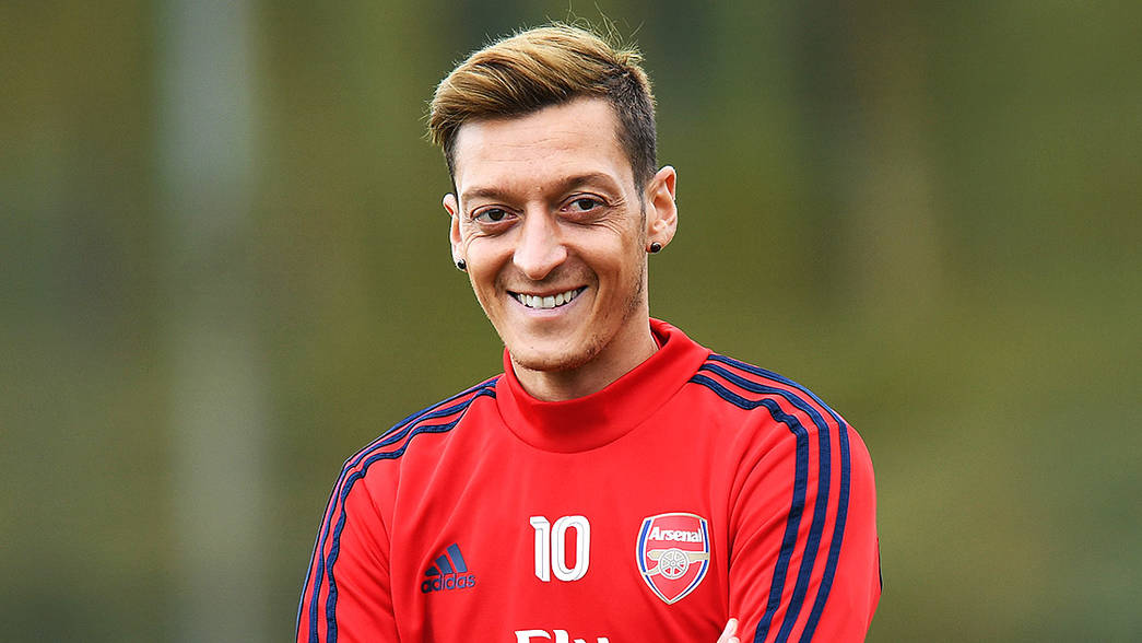 Mesut Ozil could be headed for the Arsenal exit door before the January transfer window closes amid rumours he will join Turkish giants Fenerbahce.